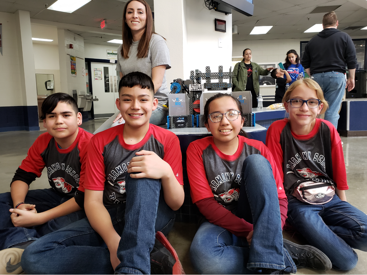 An image of the HSI El Paso Vex IQ Robotics Team